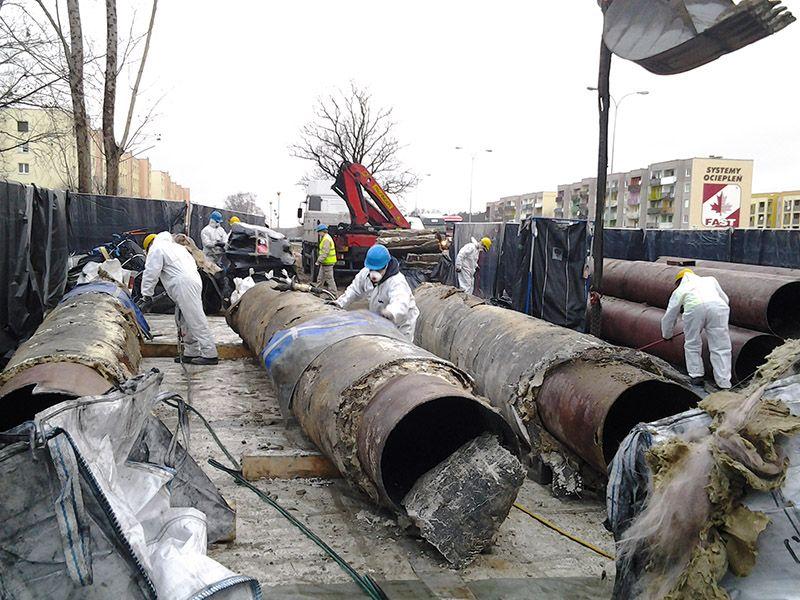 Galeria Demontaż otuliny azbestowo-cementowej z rur Poznań